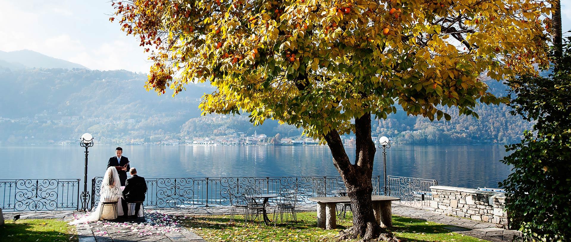 Elope on Lake Orta
