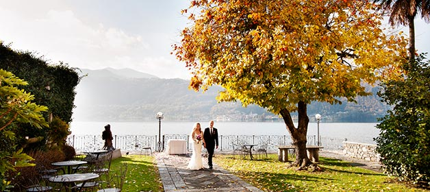 autumn-wedding-on-lake-Orta