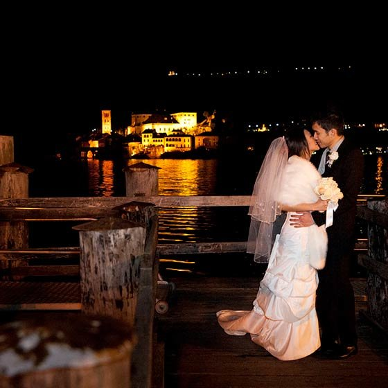 Nova & Barry winter elope lake Orta