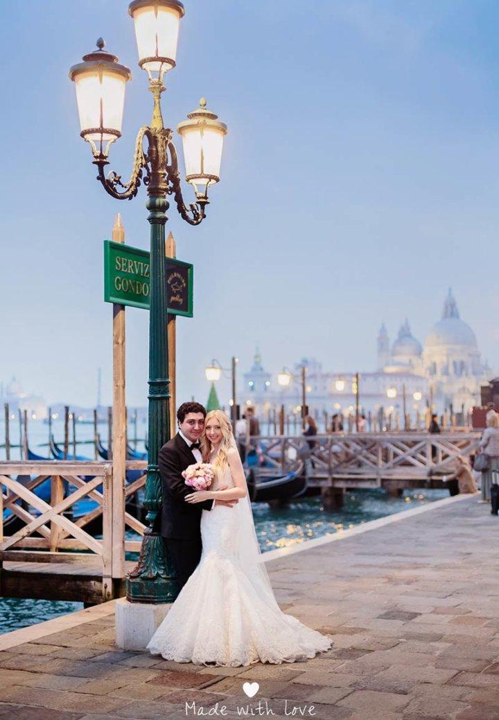 Rebecca & Alireza elope in venice